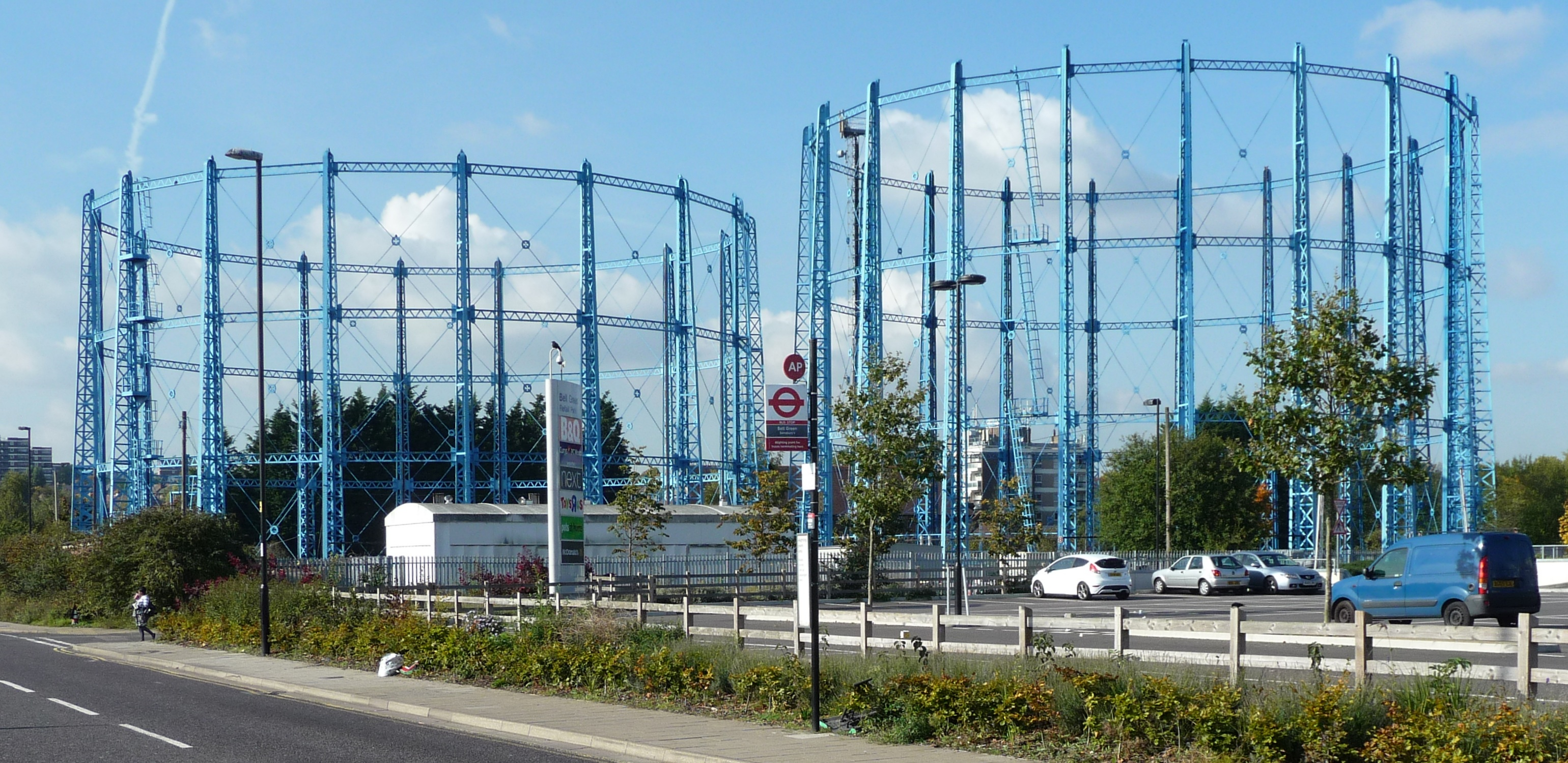 Gasholders 7 & 8 Bell Green, October 2015 � R Carr