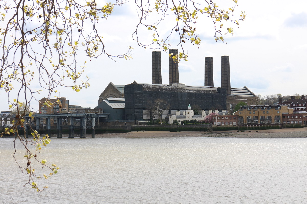 Greenwich Power Station, 29.4.16. � Robert Mason